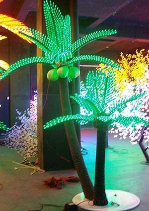 LED kokosriekstu palmu gaisma KARNAR INTERNATIONAL GROUP LTD