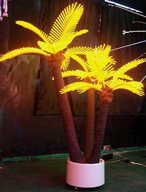 LED coconut palm light KARNAR INTERNATIONAL GROUP LTD